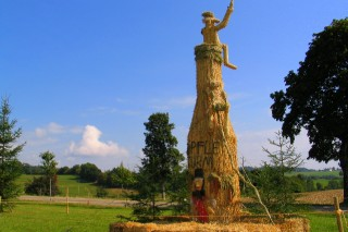 2003 Strohskulpturen Höchenschwand_4