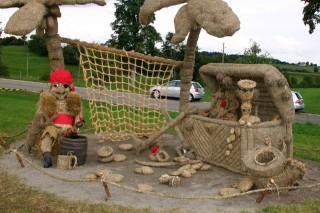 2005 Strohskulpturen Höchenschwand_25