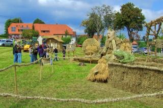 2009 Strohskulpturen Höchenschwand_42