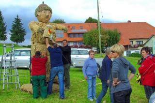 2009 Strohskulpturen Höchenschwand_53